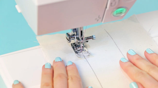 How to Stitch pt 1 - starting and finishing your stitching - Tilly and the Buttons