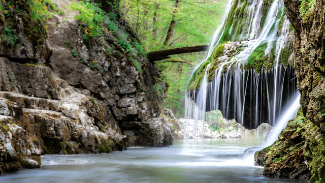 Topul celor mai impresionante cascade din Romania