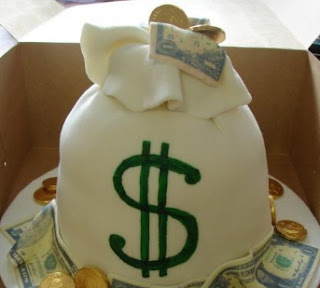 nigerian man hides dollar in birthday cake