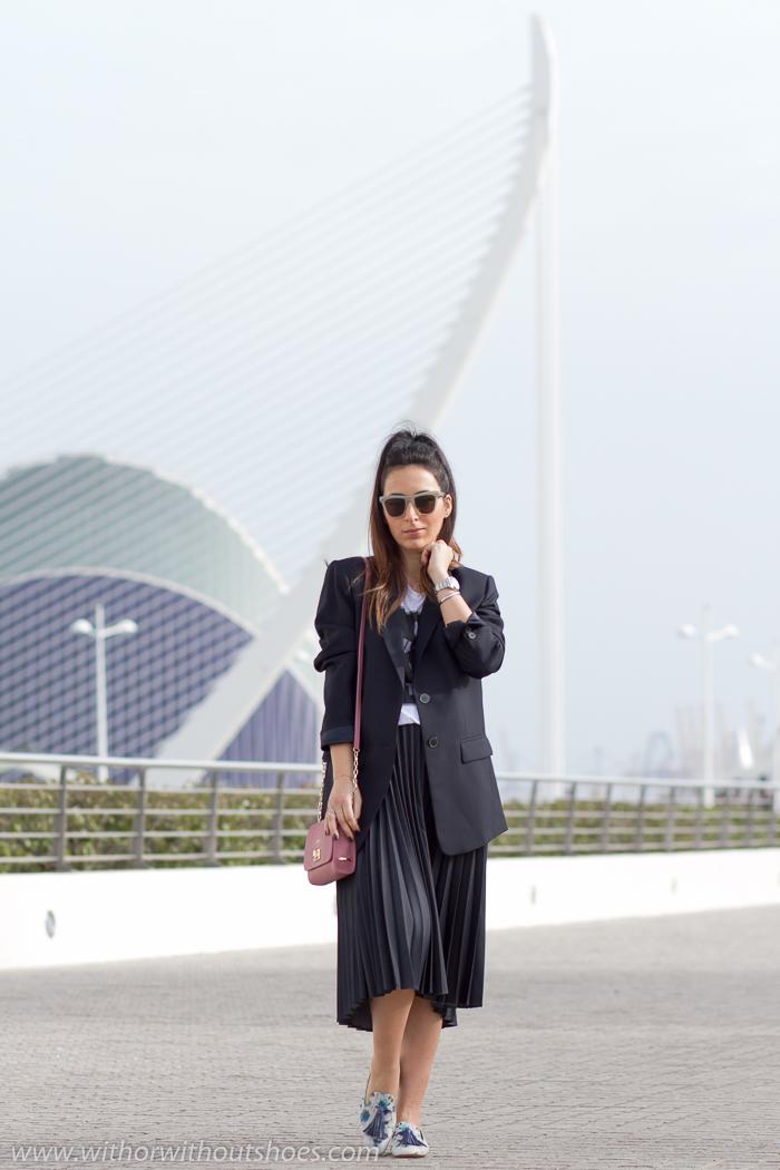 ideas de Look comodo y estiloso con falda de pliegues