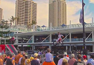 Flair Riders Stunt Bike Riders Surfers Paradise