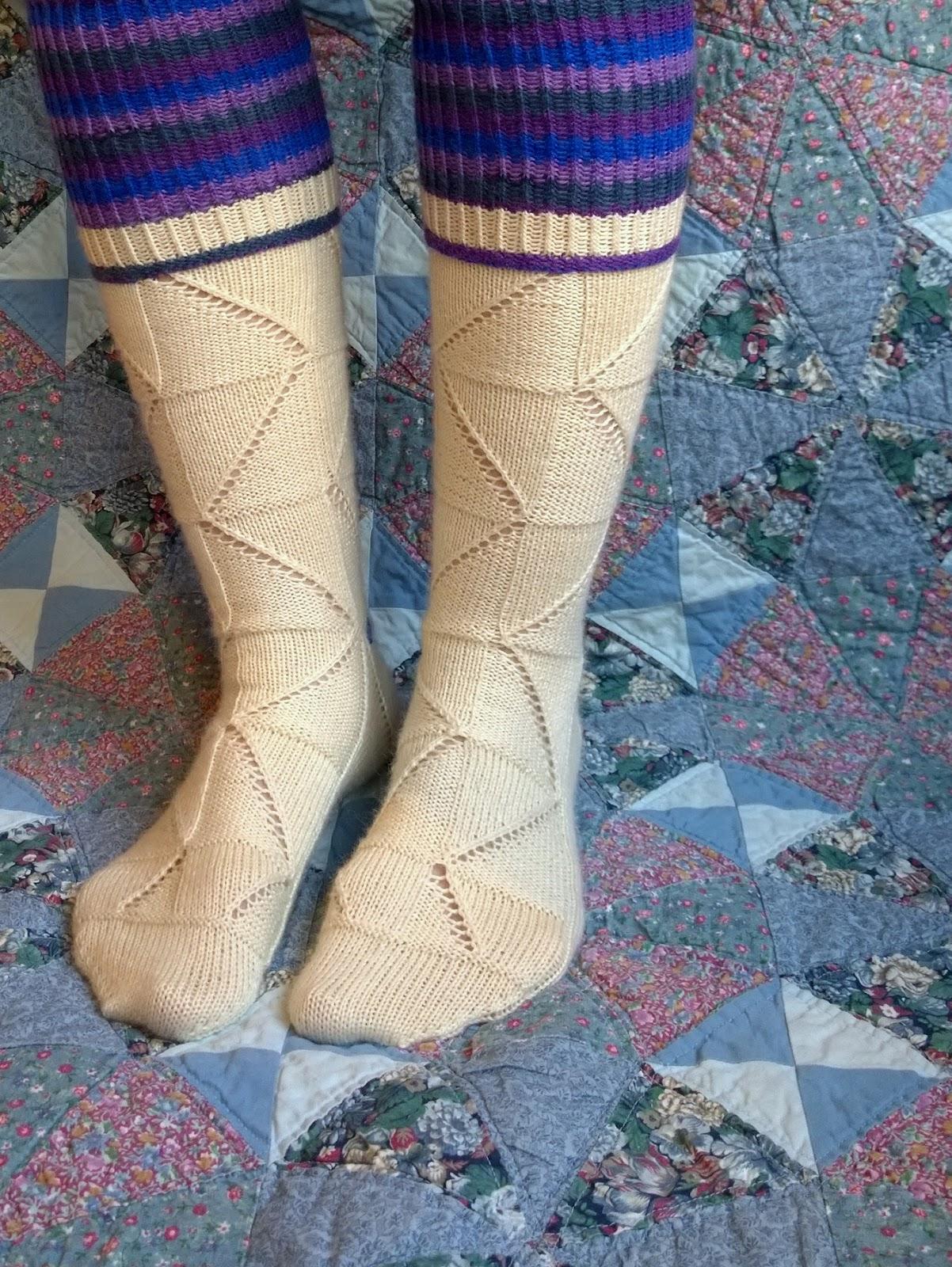 D a n c e s W i t h W o o l: March socks