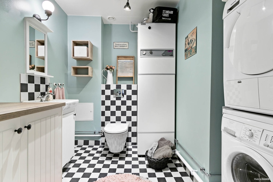 Szachownica, wystrój wnętrz, wnętrza, urządzanie mieszkania, dom, home decor, dekoracje, aranżacje, styl skandynawski, scandinavian style, styl rustykalny, rustic style, salon, łazienka, bathroom