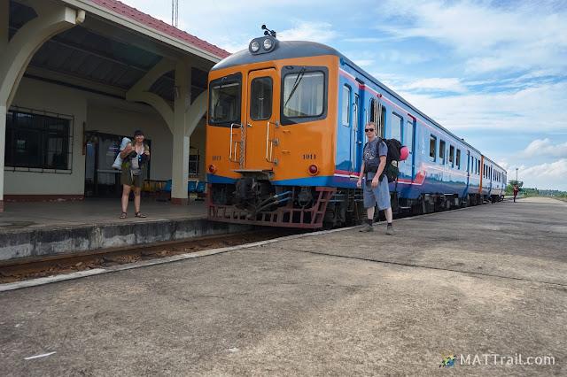 Pociąg graniczny Laos - Tajlandia