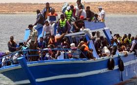 180 migrants forced from boat