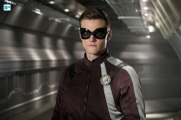"THE FLASH   ""Una nuova tutina per Ralph"". Anticipazioni della puntata 4x11 ""The Elongated Knight Rises"""