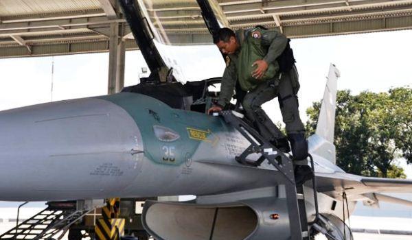 F-16 TNI AU
