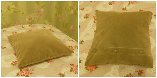 подушка из мебельной ткани