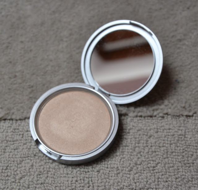 Review: The Balm Mary Lou Manizer