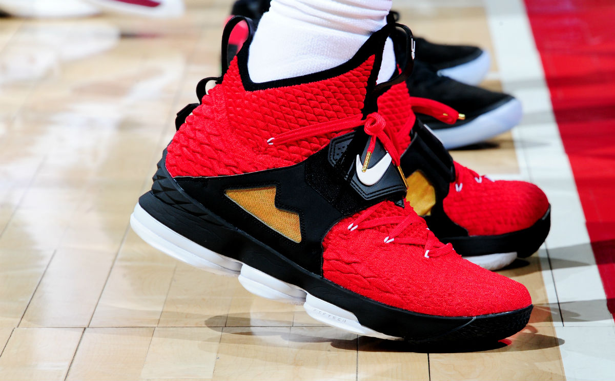watch 3a18a f4a31  SoleWatch  LeBron James Debuts the  Diamond Turf  Nike LeBron 15 in Red  Timely tribute to an Atlanta sports icon.