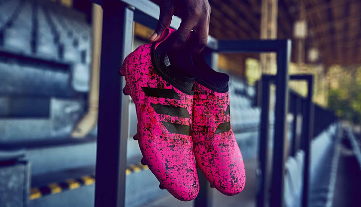 calcetines Melancólico es suficiente  Bold Electric Pink Adidas Glitch Hacked Skin Boots Revealed - Footy  Headlines