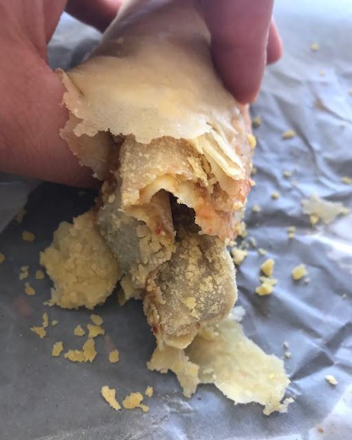 Street food, Mauritius, dhal puri