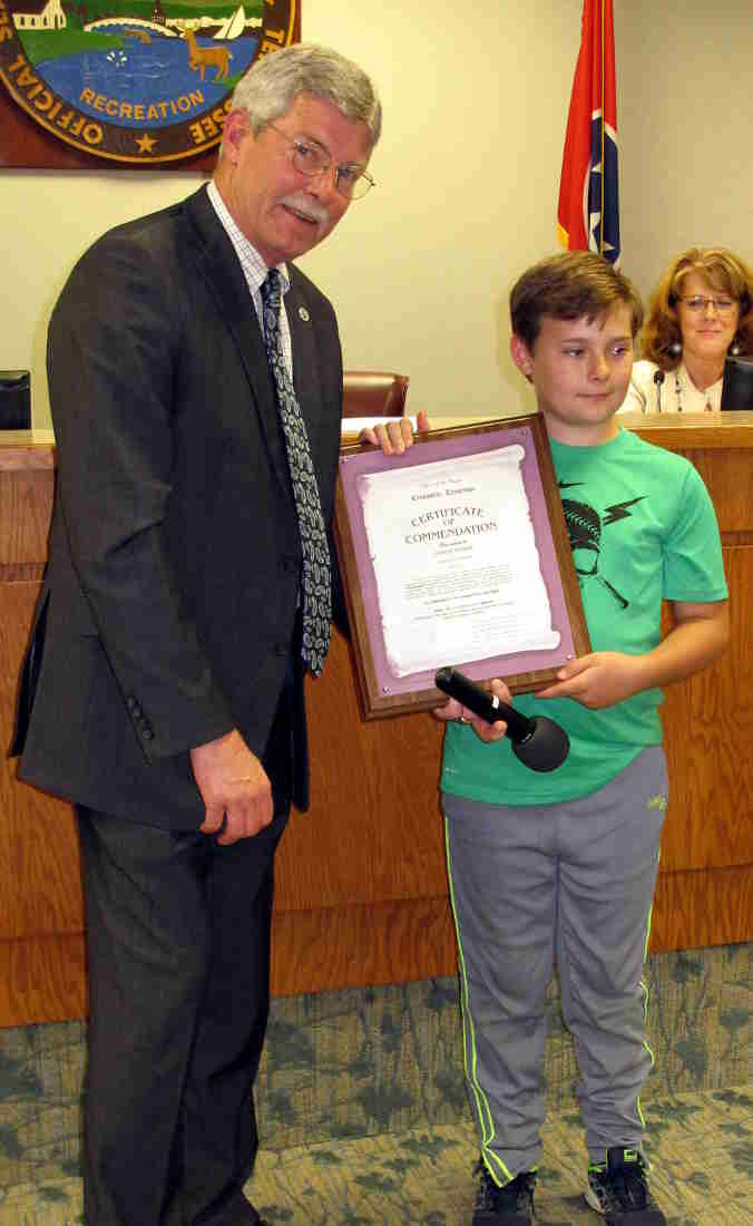 Jim young reporter corbin seiber recognized as martin for Park place motors crossville tn