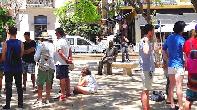 Travellers around Picasso Tour - Malaga Trips