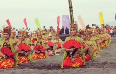 Tari gandrung - Banyuwangi Gandrung Sewu festival 2016