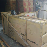 Contoh Packing treadmill.