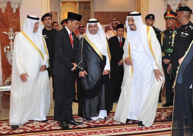 Habib Rizieq Gigit Jari, Kemenlu : Raja Salman Akan Temui Tokoh Islam, Tapi Bukan Rizieq Syihab