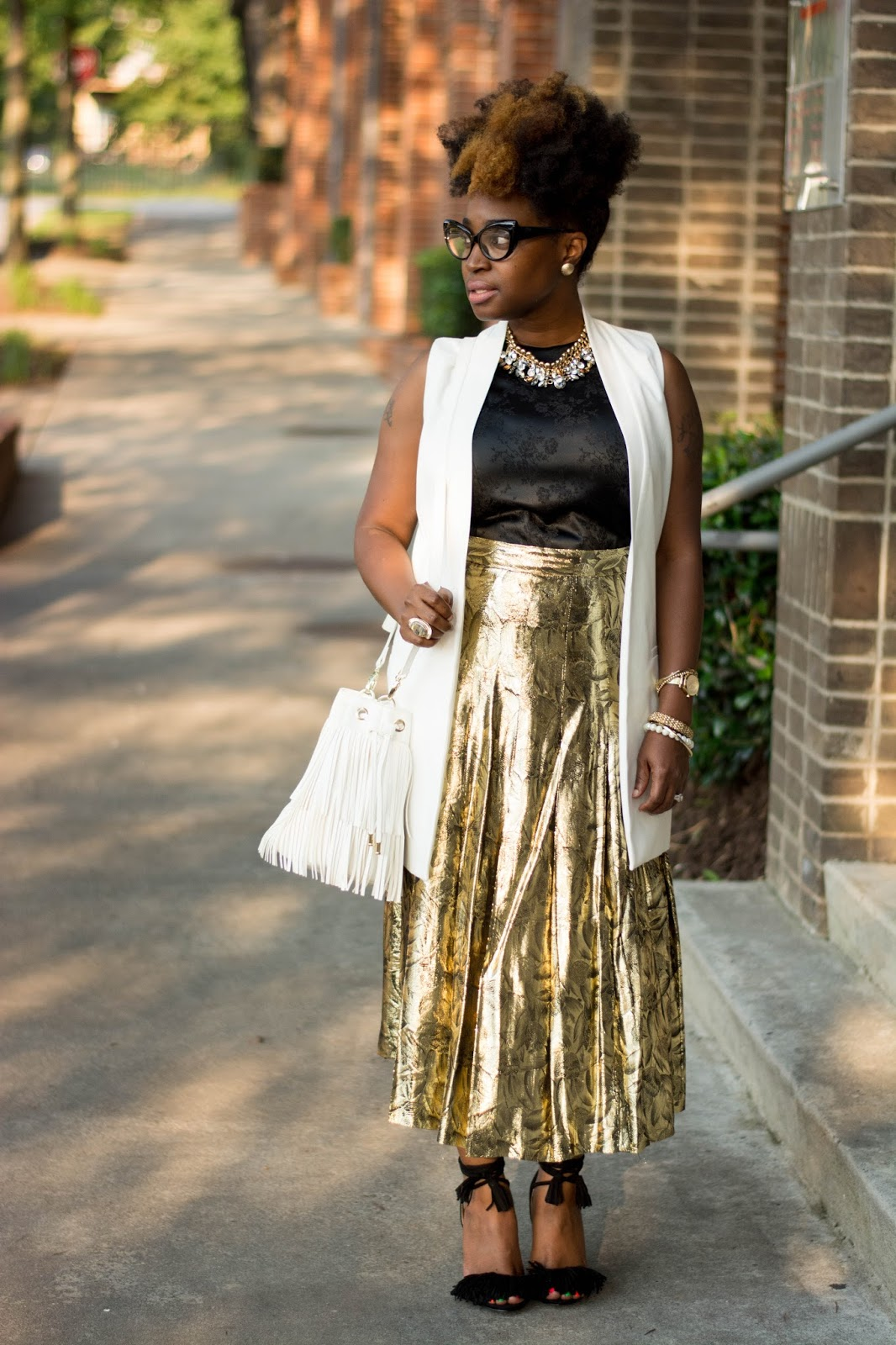 Atlanta style blogger, style blogger, Atlanta stylist, Street style, Vintage fashion, Metallic gold skirt, Fringe sandals, Cream vest, Target style, Thrifted fashion, Shoedazzle, Justfab, Atlanta influencer, Style influencer, fringe bucket handbag, Black girls rock, Black blogger, Browngirls, Natural Hair styles, Black girls killing it, Black girl fashion, Fashion style, Wardrobe stylist, Atlanta street style, Atlanta style