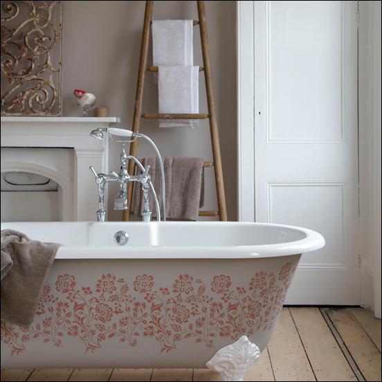 English country bathroom design ideas room design ideas for Country bathroom ideas photo gallery