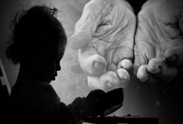 Εκκληση-σοκ αποκαλύπτεται στην Πάτρα από μητέρα που προσπαθεί να ζήσει τα παιδιά της με επίδομα 250 €