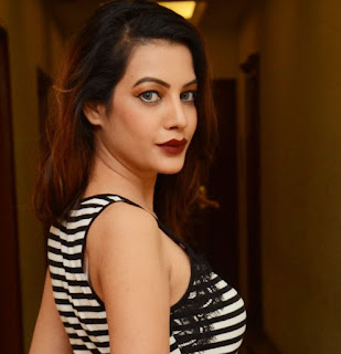 Diksha Panth Latest Hottest Photos