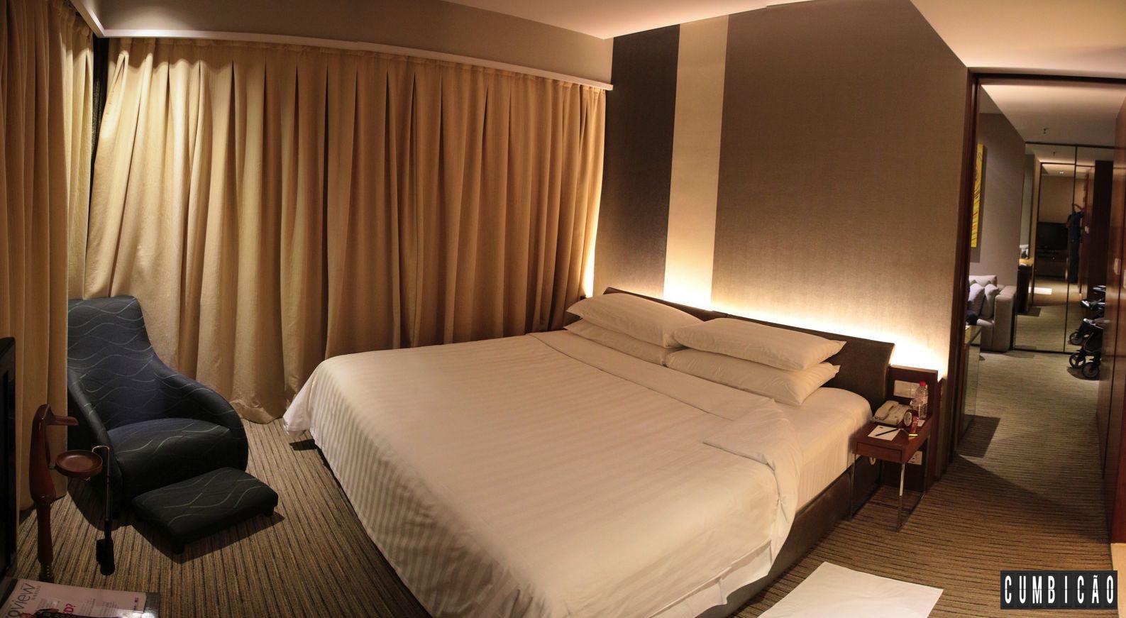 Onde Ficar em Kuala Lumpur? Traders Hotel um 5 estrelas maravilhoso #A1702A 1587 871