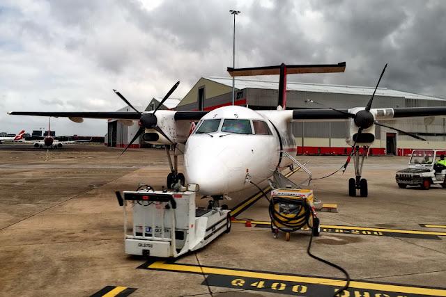 Tipps gegen Flugangst Flugzeug Start Vorbereitung Propellerflugzeug Wartung