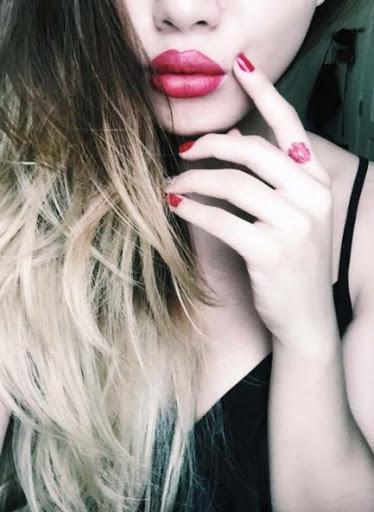 Esses pequenos lábios vermelhos