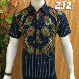 Model Baju Batik Pria Kombinasi Kain Polos 2018