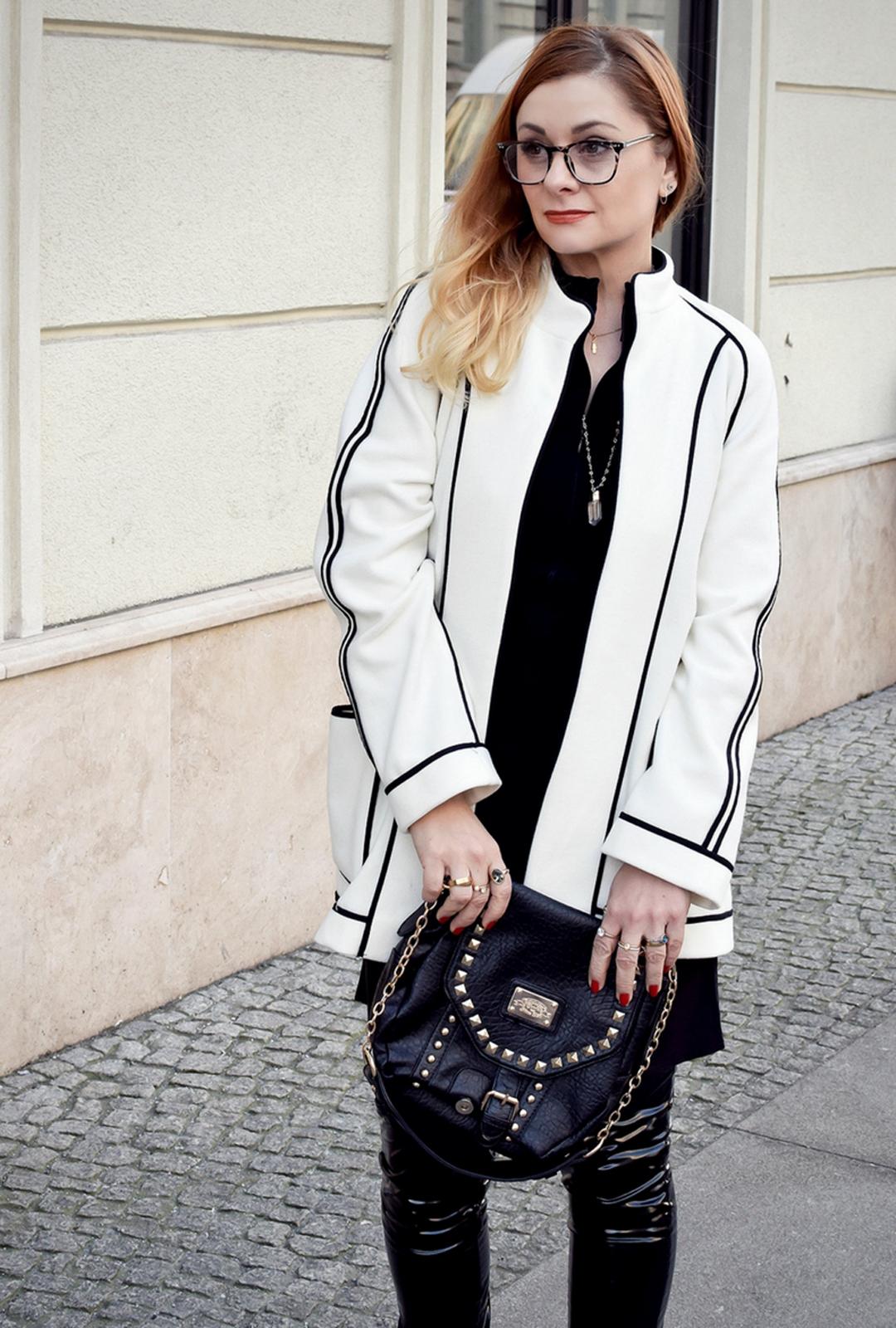 Schwarzes Lackleder modern stylen, Modeblog Ü40 Blog