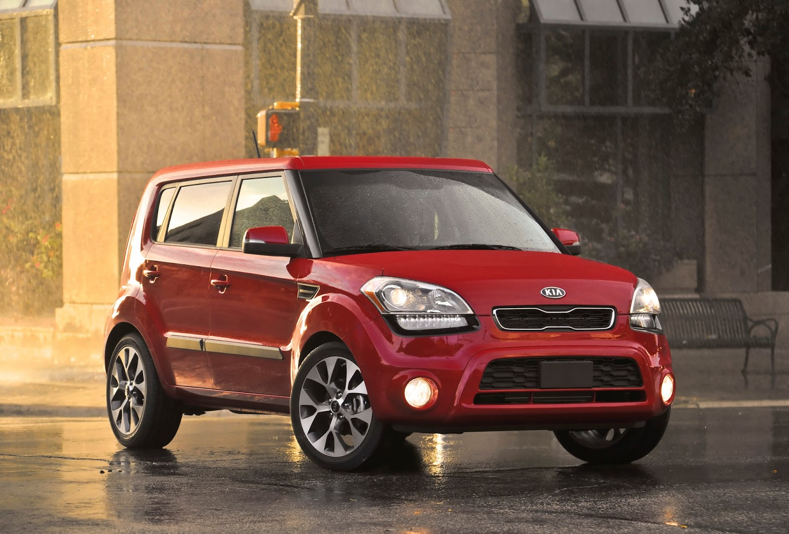 kia soul ev with 200 km range to launch in 2014 electric vehicle news. Black Bedroom Furniture Sets. Home Design Ideas