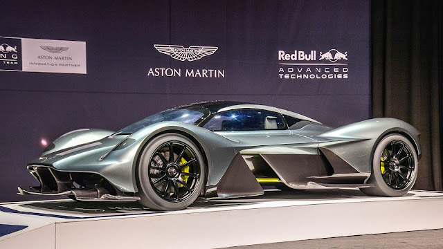 Dünyanın En Güzel, En Pahalı ve En Hızlı Arabası