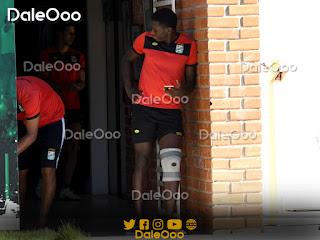 Jomar Herculano no se entrena con sus compañeros de Oriente Petrolero debido a una molestia en su rodilla izquierda - DaleOoo