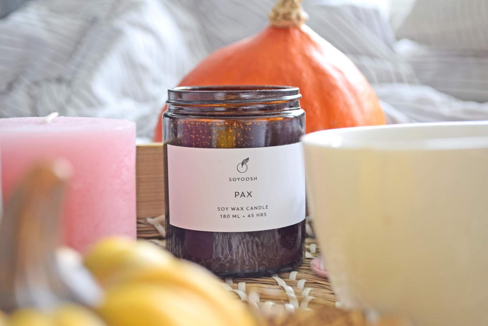 świeczka o zapachu jesieni