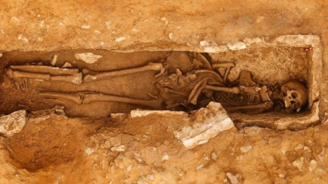 Roman skeleton with 'bent feet' found at Dorset quarry