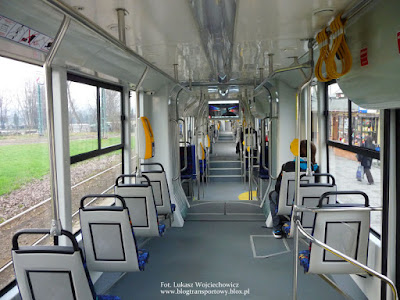 Wnętrze tramwaju Protram 405N-Kr