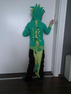 Kinder Fasching Tier junge kri kra krokodil kostüm