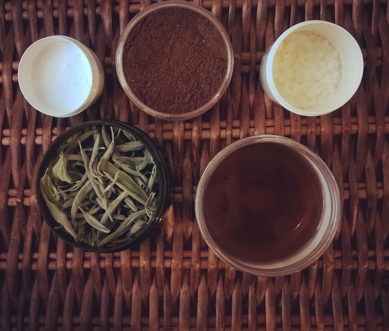 Półprodukty do produkcji kosmetyków i naturalne surowce w pielęgnacji włosów