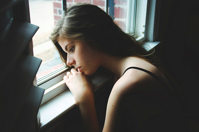 10 Habits of Chronically Unhappy People