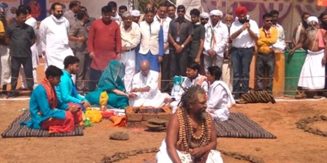 दिग्विजय सिंह प्रचार में बेहिसाब खर्च कर रहे हैं: भाजपा ने चुनाव आयोग से शिकायत की   BHOPAL NEWS