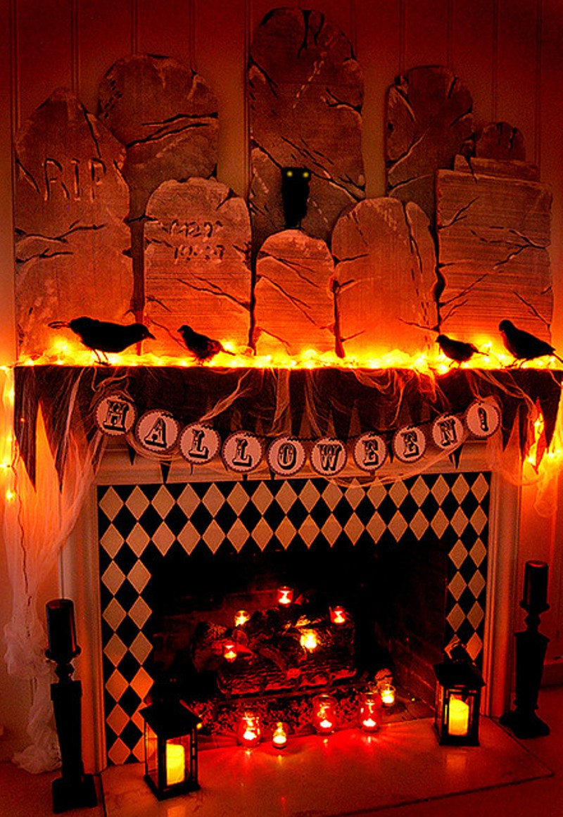 spooktacular shelfies halloween mantle 7 ways party. Black Bedroom Furniture Sets. Home Design Ideas