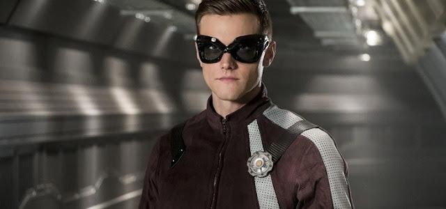 Ator de The Flash deixa a série após vazamento de tweets polêmicos