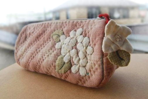 Patchwork and Quilted Zipper Handbag / Cosmetic Bag. DIY Photo Tutorial