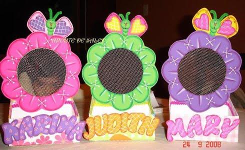 Porta aretes mariposa