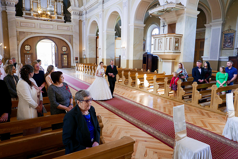 vestuvės Šv. apaštalų Petro ir Povilo bažnyčioje