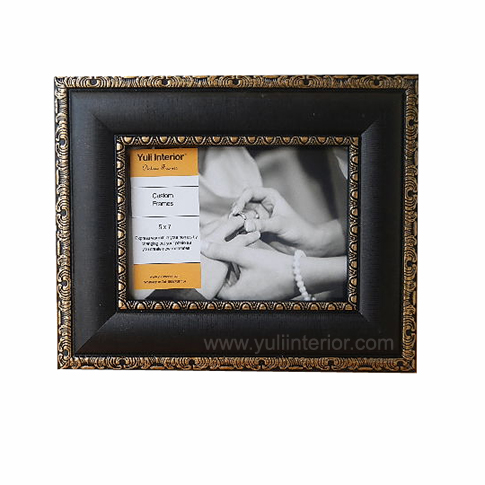 Gold, Black, Picture Frames In Port Harcourt, Nigeria