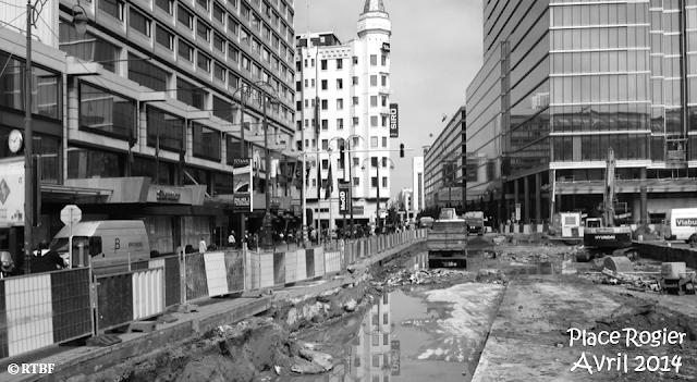 PLACE ROGIER - Travaux de réaménagement de la place toujours en cours (Avril 2014) - Bruxelles-Bruxellons