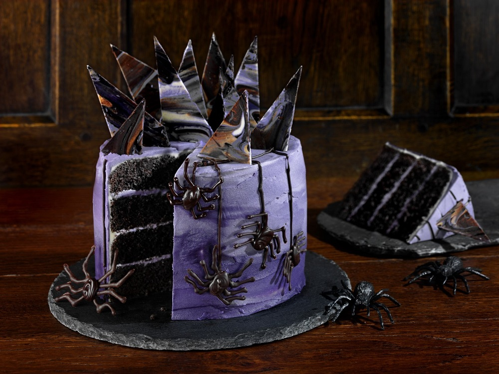 How To Make A Gothic Black Velvet Halloween Cake