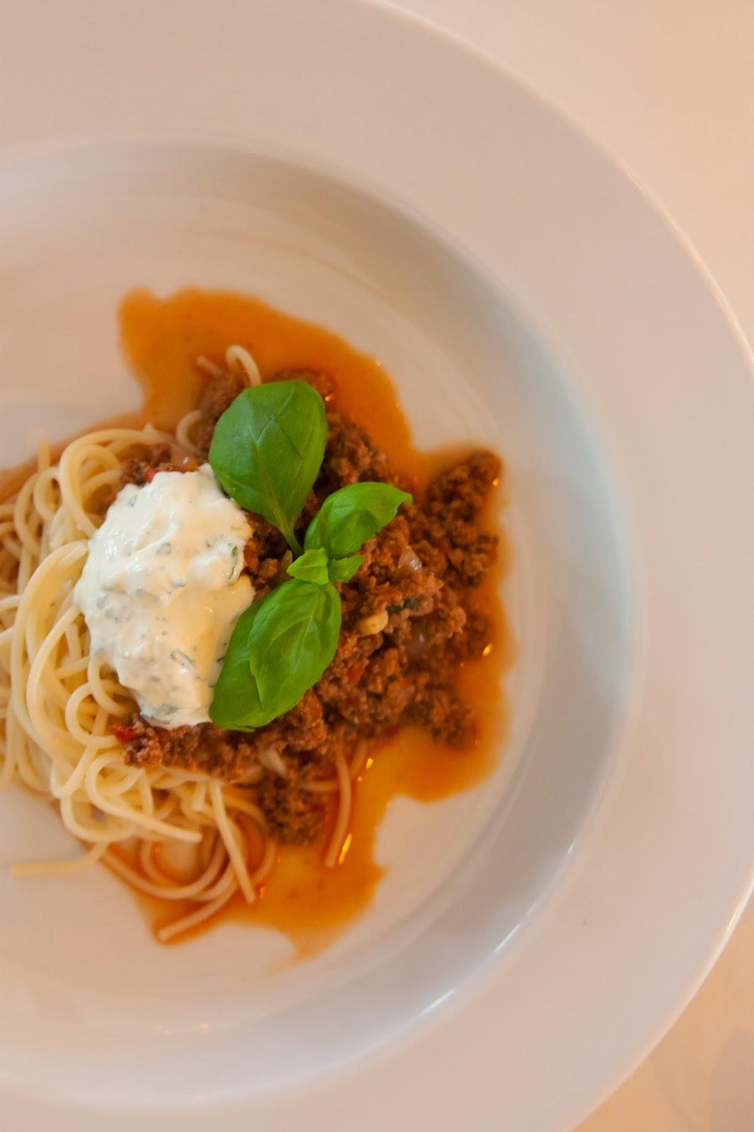 pasta med köttfärs och creme fraiche