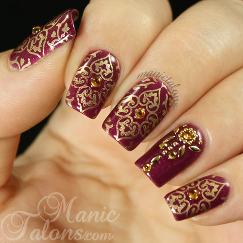 GUEST POST by Michelle of MANIC TALONS - ColorSutraa